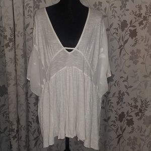 FREE PEOPLE Ivory Flowing Top Size Small